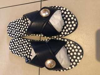 Tory Burch Melody Crisscross Sandals Size 10