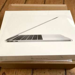 APPLE MACBOOK PRO 13 INCH RETINA DISPLAY 2017
