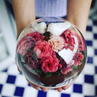 Crystal ball Tiramisu flower cake