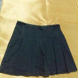 Well spoken denim skirt