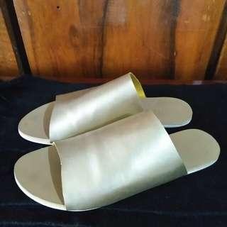 Gold Full Slides