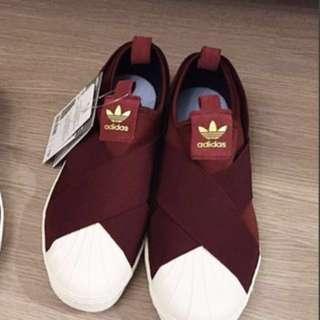 Adidas酒紅色繃帶鞋