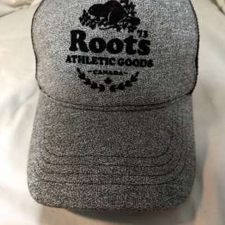 Roots Trucker Hat (Salt and Pepper)