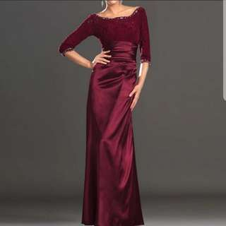 Lace design long sleeve red dress / evening gown