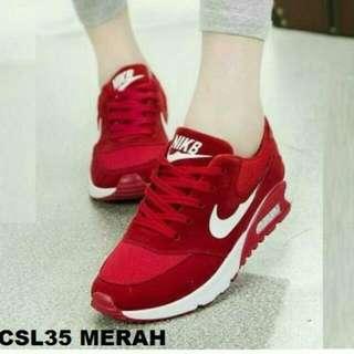 Nike CSL35 Merah