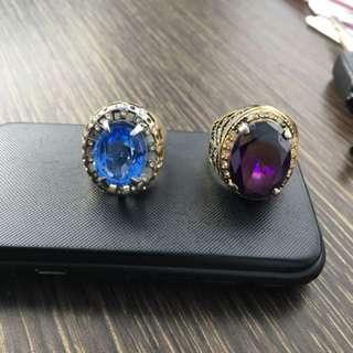 Batu aquamarine dan kecubung ungu