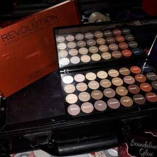Makeup Revolution Matte Palette