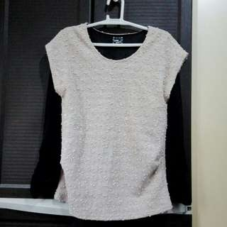Blouse (flesh with black)