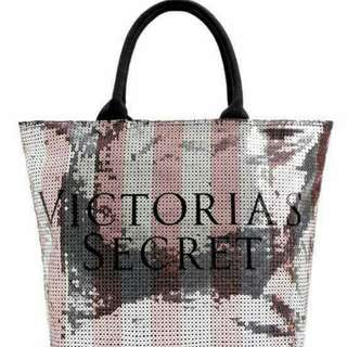 VS SEQUENCED TOTE BAG