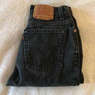 Aritzia Levi Mom jeans Black