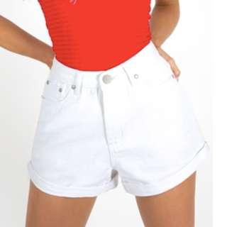 DISSH Denim shorts size 6, runs big