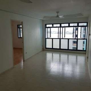 **Newly painted** Highest Floor(25th) Reservoir Facing Full Apartment HDB For Rent