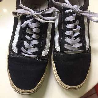 二手|vans黑底白線基本款休閒鞋(附鞋盒)