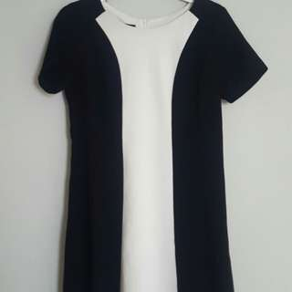 Amary Dress Size M Colour Black and White