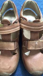 Kickers sandals for boys