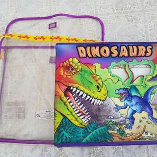 Dinosaurs 3D play set  touch and feel book