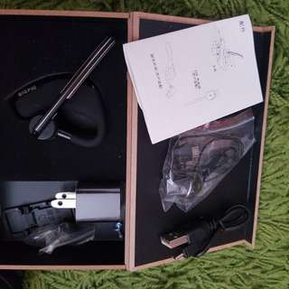 Bluetooth ear piece BNIB