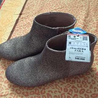 Zara girl boots no. 38