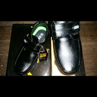 Caper black shoes size28 19cm approx