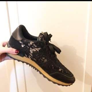 Valentino Black Sneaker