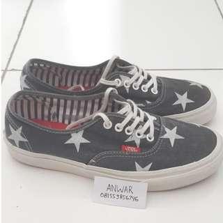 Vans Authentic - (Stars Stripes) True White