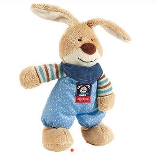 德國知名品牌兔子玩偶