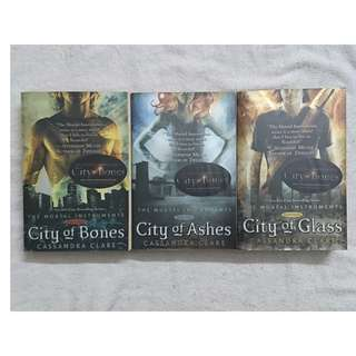 Mortal Instruments : City of Bones / City of Ashes / City of Glass