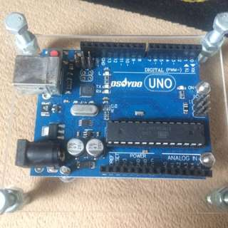 Arduino UNO mounted on Transparent Acrylic