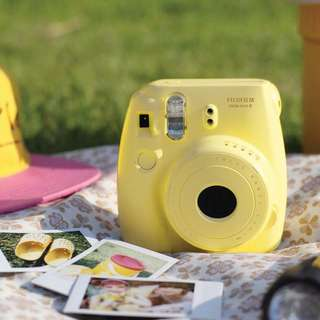 Fujifilm instax mini 8 in pastel yellow