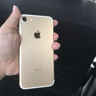 iphone 7 128gb gold open for swap