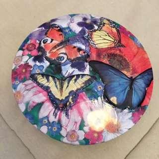 美麗蝴蝶鐡盒