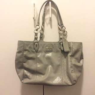 New grey coach handbag 👜 9.5/10