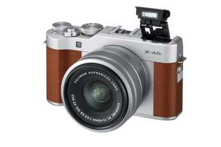 Fujifilm X-A5 with XC15-45mm OIS PZ in BROWN