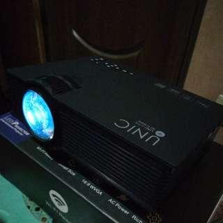 UNIC UC46 Mini LED Mini Projector