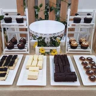 Event Planner - Birthday Dessert Party Table