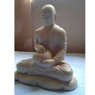160 Buddha Statue