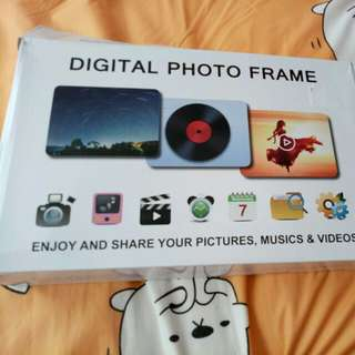 7 inch GAXmi Digital Photo Frame