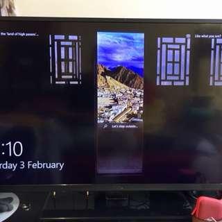 """LIKE NEW - TCL 42"""" LED Colour TV"""
