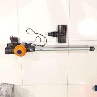 Dyson V6 Handheld Vacuum Cleaner (Used)