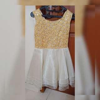Dress gold mewah
