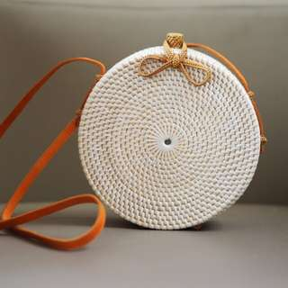 White Round Rattan Bag with Ribbon Lock