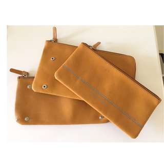 PIQUADRO 3 Piece Detachable Pouches