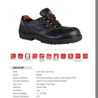 SAFETY SHOES (ELECTRO STATIC DISCHARGE - ESD)