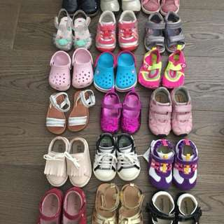 Toddler shoes - LOT OF 18 - sizes 4/5