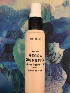 MECCA COSMETICA MAKEUP PERFECTING MIST