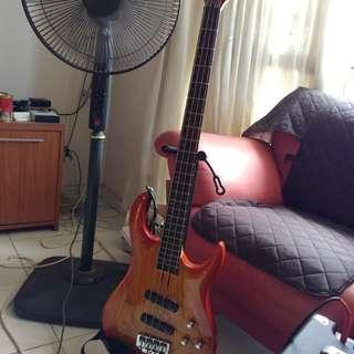 Hamer active bass