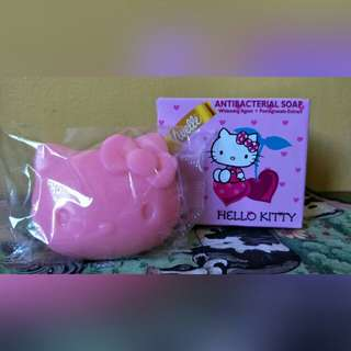 Vivelle anti-bacterial soap hello kitty