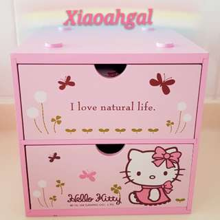 🔴50%➡️ MY FOLLOWERS! **Those follow & unfollow, pls detour. Thks**🔴🌟LIMITED EDITION🌟◆AUTHENTIC NEW◆ 17CM(H) x 17cm(L) SANRIO ORIGINAL JAPAN Pink Hello Kitty 2 Drawers box storage holder cabinets! (CLEAN - Open take pic) 💋No pet No smoker CLEAN hse💋