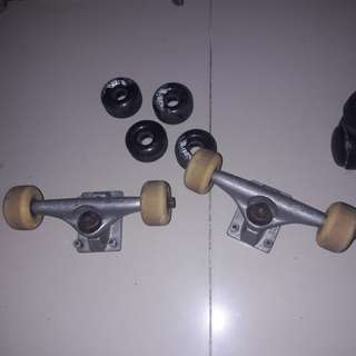 blind skateboard trucks and wheels set + 4 extra wheels