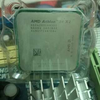 ASRock A785GM-LE/128M 連 AMD Athlon 4200